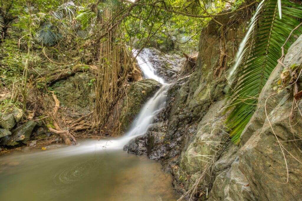 Kbal Damrey waterfall