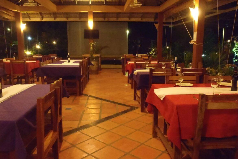 Dinning in Pailin